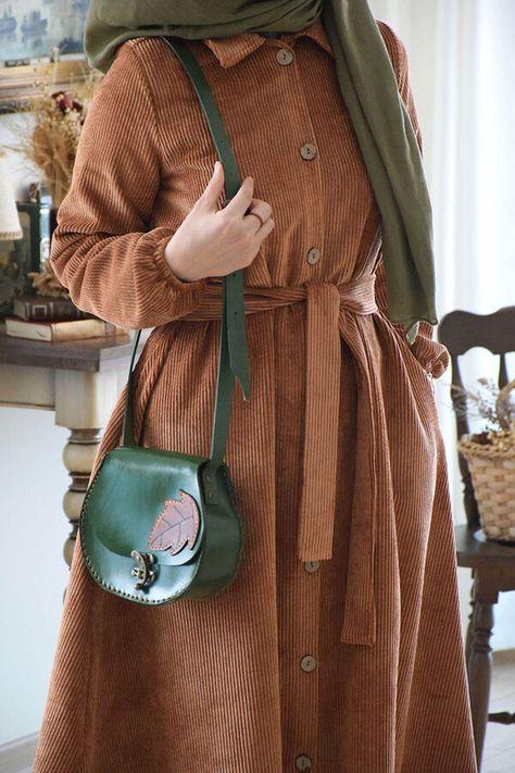 جلباب عسلي مخمل تسوق أون لاين حجاب مودانيسا أزياء محجبات ملابس محجبات فساتين جلباب عباية ملابس فستان ت Muslim Women Clothing Abaya Dress Abaya Online