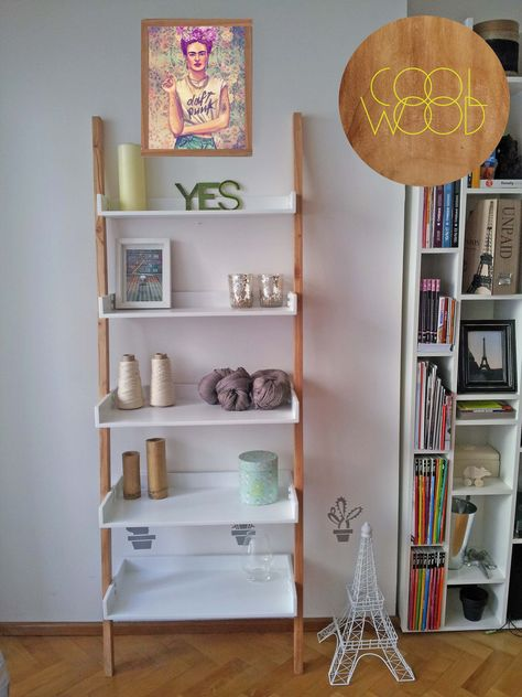 Ideas para mi habitacion on pinterest pegboard storage - Estanteria madera maciza ...