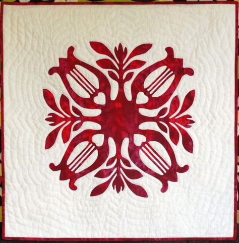 Carmen's Quilt by Sylvia Pippen