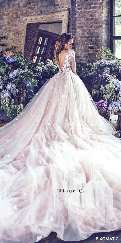 Abiti Da Cerimonia Queen.Pin Di There S Coly Su Abiti Da Sposa Abiti Da Sposa Sposa E