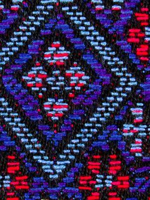 http://www.outdoorfabriccentral.com/Beacon-Hill-235011-235011-Niu-Fret.html. Festival Outdoor Niu Fret Lapis RA-235011