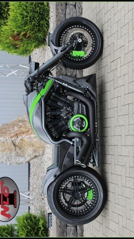"Harley V-Rod ""Al-Carbon 2"" by No Limit Custom"