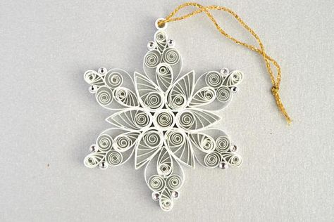 White paper quilled snowflake Quilling tree decoration