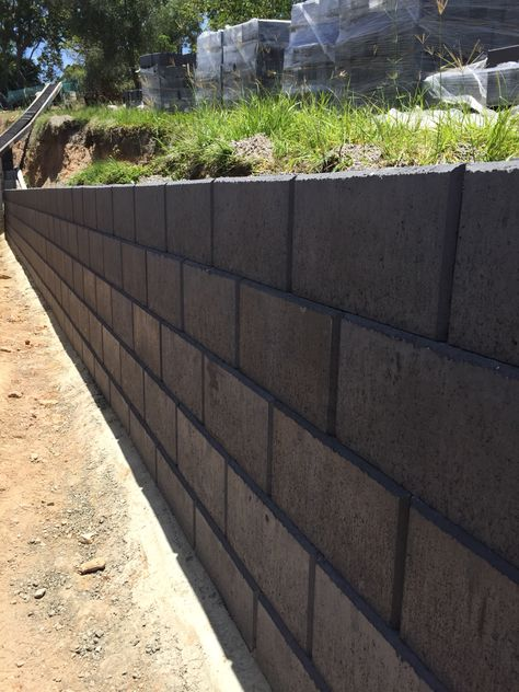 Austral Heron Charcoal Smooth Face Retaining Wall By Ilandscape Com Au Landscaping Retaining Walls Cinder Block Walls Black Brick Wall
