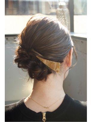 結婚式にもミディアムヘアも大人めシニヨン 留袖 髪型 ハンサムショート 着物 髪型 ボブ