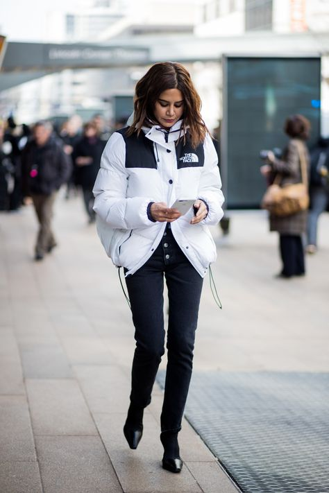 The Best Street Style From New York Fashion Week Fall 2018 NEW YORK, NY – FEBRUARY Christine Centenera wearing white The North Face jacket seen outside Michael Kors on February 2018 in New York City. (Photo by Christian Vierig/Getty Images)