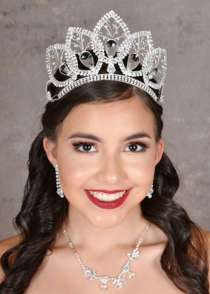 Find fancy quinceanera tiaras and quinceanera crowns for your big day!