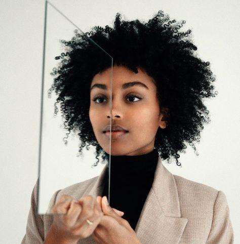 Model: @taj_cutting - #blackgirlmagic #blackisbeautiful #blackmodelsmatter #blackwomenareeverything #lashes #lashesonfleek #melaninmagic #melaninonpoint #mirrormirror #naturalista #nhdaily #photography #portrait #prettyonfleek #representationmatters #self #taj_cutting