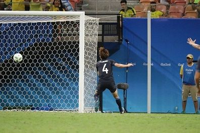 オウンゴール藤春オウンゴールしたことをガンバ大阪のチームメイトにイジってもらえた笑顔をほころばせて語る炎上