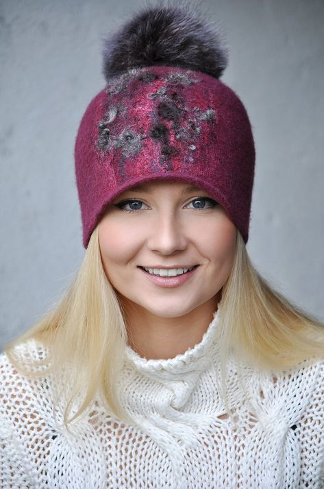 Sangria Gray Felted Hat Cap with Natural Fur Pompom / Burgundy Felt Hat / Winter Vinous Wool Hat Cap / Handmade Wool Hat with gray pompom
