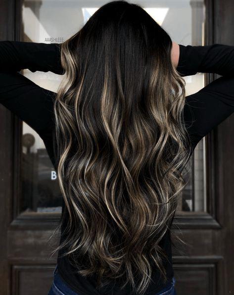 Balayage Straight Hair, Dark Hair With Highlights, Brown Hair Balayage, Hair Color Balayage, Bayalage On Black Hair, Black Balayage, Haircolor, Dark Roots Blonde Hair, Hair Color For Black Hair