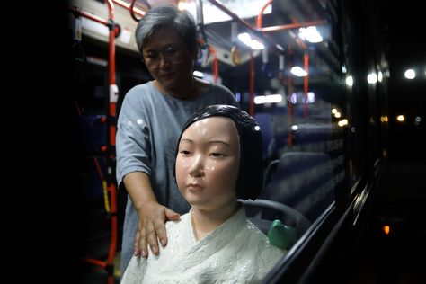 Buses In Seoul Have Begun Carrying New Passengers Statues Of