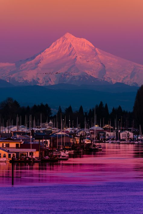 Mount Hood at Sunset over the Columbia River, Portland, Oregon, by Matt Payne.