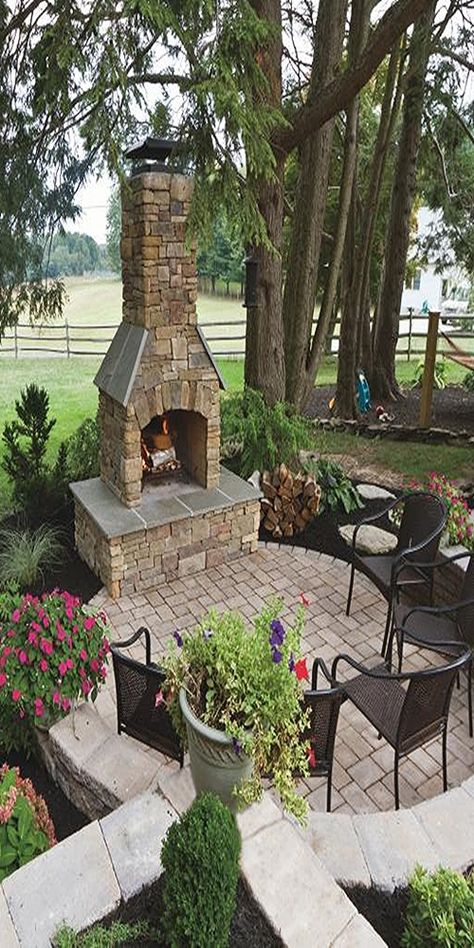 Outdoor Fireplace Patio, Outdoor Fireplace Designs, Outdoor Stone Fireplaces, Pergola Patio, Patio Dining, Backyard Patio Designs, Backyard Landscaping, Patio Ideas, Outdoor Rooms