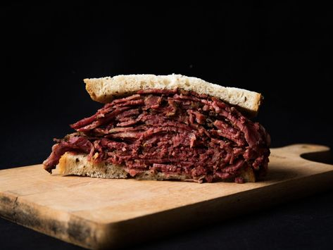 Pastrami Versus Corned Beef: A Guide to the Jewish Deli