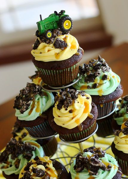 Chocolate, Caramel, Oreo John Deer cupcakes!  Oh yum!...and I absolutely love her blog!
