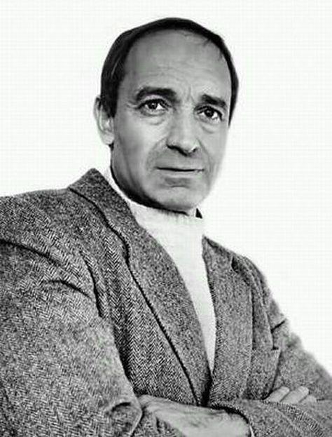 Валенти́н Ио́сифович Гафт (р. 2 сентября 1935, Москва,СССР) — советский и российский актёр театра и кино. Народный артист РСФСР (1984).