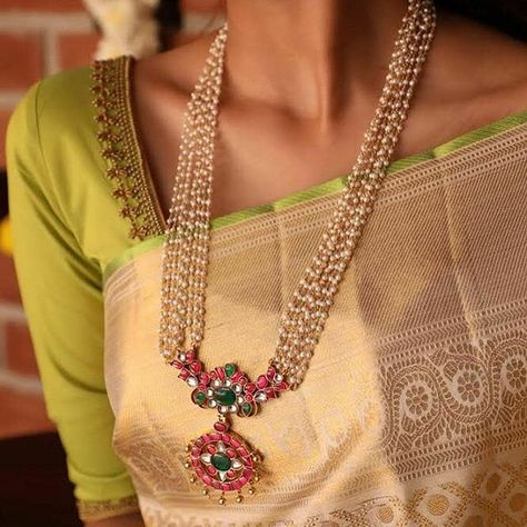 Check out the necklace designs you should own if you love silk sarees!