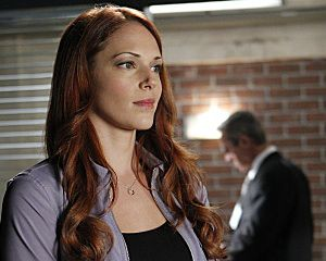 The Mentalist S Amanda Righetti Confirms Exit Teases Surprise