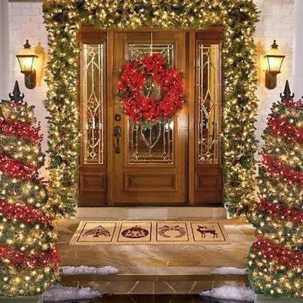 99 Simple But Beautiful Front Door Christmas Decoration Ideas Front Door Christmas Decorations Christmas Door Decorations Christmas Decorations For The Home
