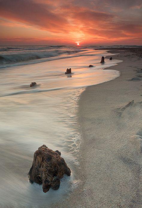 Jasminimal: Zandvoort Beach, Holland