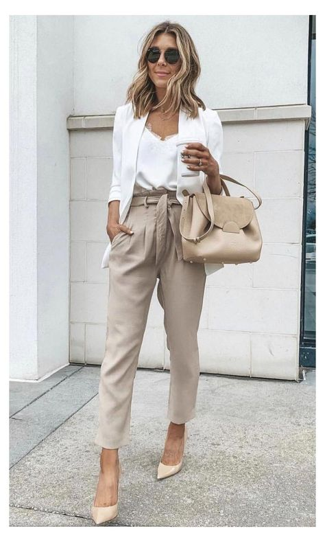 Stylish Work Outfits, Casual Work Outfits, Curvy Outfits, Mode Outfits, Work Casual, Classy Outfits, Outfit Work, Summer Work Outfits Office, Late Summer Outfits