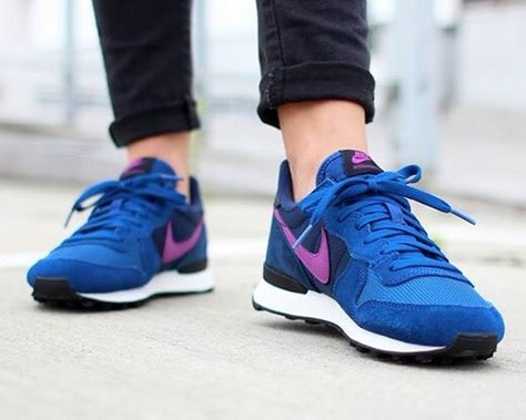 more photos 29216 20f81 ... promo code image 1 of nike internationalist blue pink trainers august  oh baby foot work pinterest