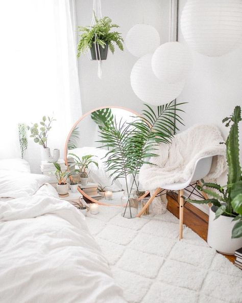"""I PLANT EVEN! Wanna see more? Click the PoliProductions.com link in my bio and check out the """"Faux Real Bedroom Goals"""" post!"""