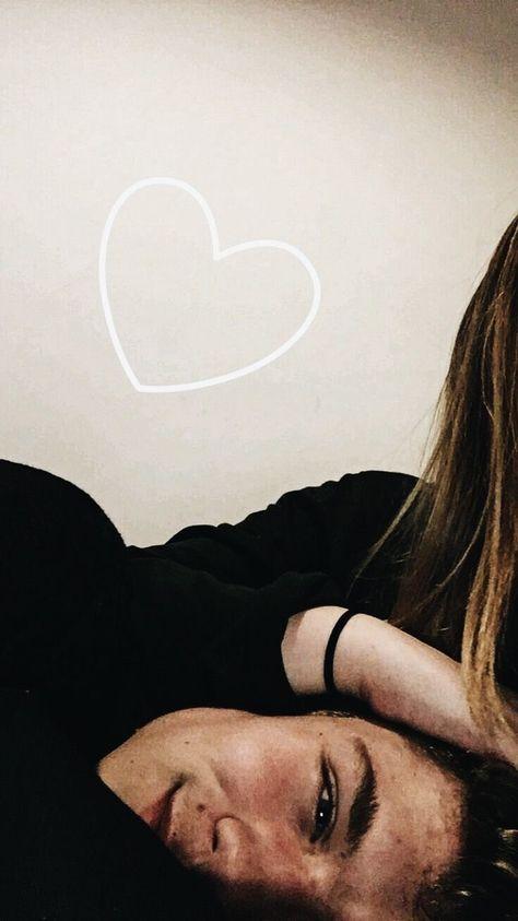 Intalnirea online a prietenilor Dating Site Tilt