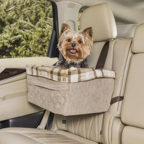 Keep your furbaby comfortable and your car in good shape with these paw-some accessories from Chewy. 🐾 🚙
