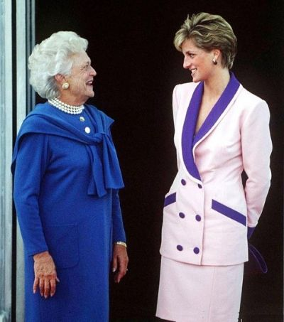 Princess Diana putting on a pink suit had a meeting with Barbara Bush