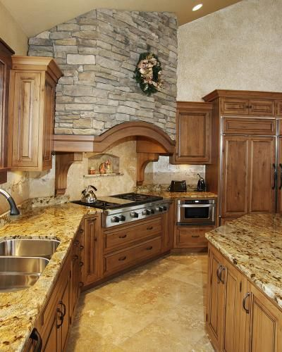 I Really Like The Look Of This Elegant Kitchen And I Would Love To Find Something Like This For My Tuscan Kitchen Design Tuscan Kitchen Above Kitchen Cabinets