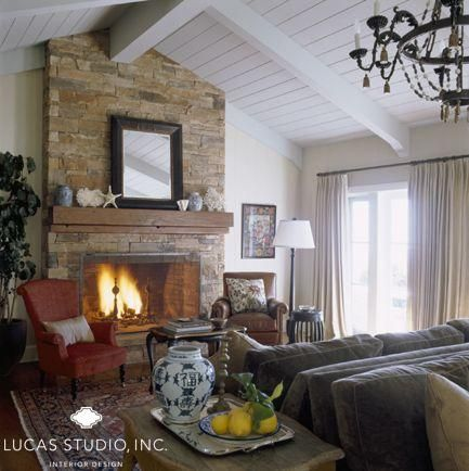 ... Off Center Vaulted Ceiling And Fireplace Also Good Treatment Of The Room  With Back To Back ... Part 68