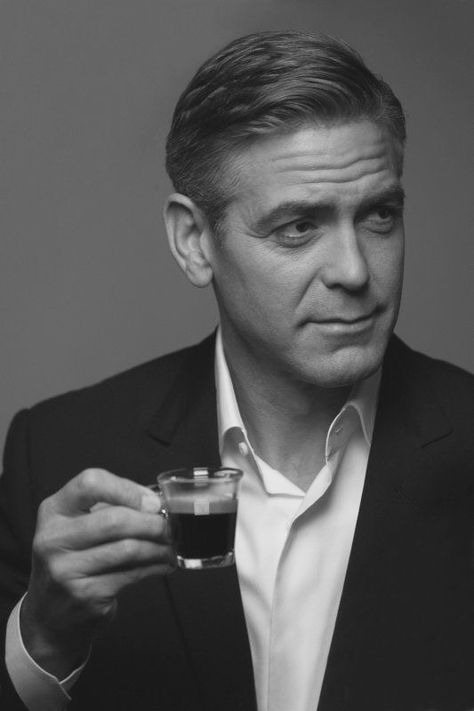 Black and White Pictures!!! C0e3af93721a99a42443c45036a103ff--clooney-movies-george-clooney