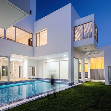 Kuwait Lantern House Design by Studio Toggle Modern Houses