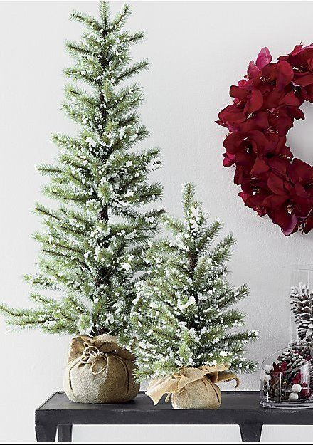 Flecked With Fluffy Snow Our True To Nature Pine Tree Graces The Holiday Home With The Christmas Decorations Rustic Christmas Decor Diy Small Christmas Trees
