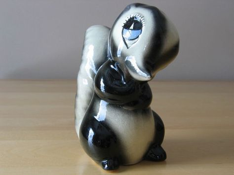 Vintage American Pottery Co. / Evan K. Shaw Skunk by thetoadhouse, $29.99