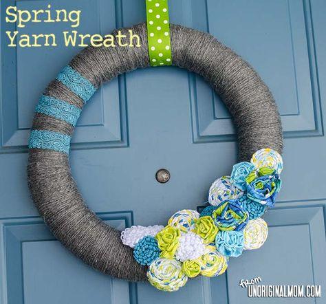 Spring Yarn Wreath with Rag Braid Flowers - such cheerful colors!