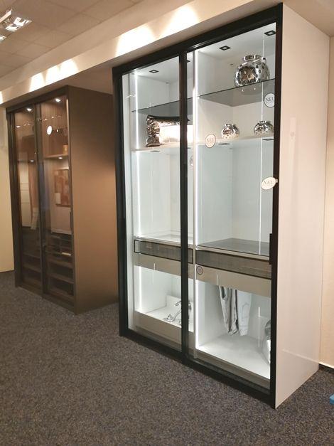 Einbauschranke Von Cabinet Glasturen Vitrineboden Hosenhalter Glasboden Und Mehr Einbauschrank Schrank Einbauschrank Nach Mass