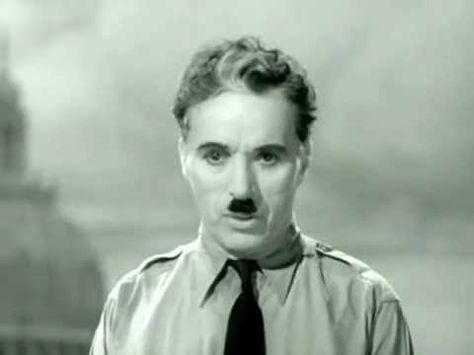 Charlie Chaplin Schlussrede (Deutsch) hat überhaupt nichts an Aktualität verloren. Ich krieg immer wieder eine Gänsehaut. https://www.youtube.com/watch?v=YhQQcLHTc5g