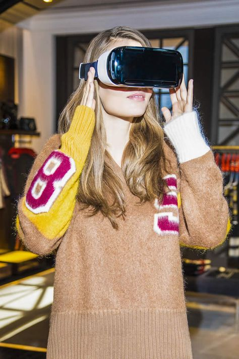 Tommy Hilfiger Introduces In Store Virtual Reality Experience