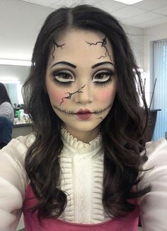 CRACKED PORCELAIN DOLL MAKEUP | Halloween Recipes and Ideas ...