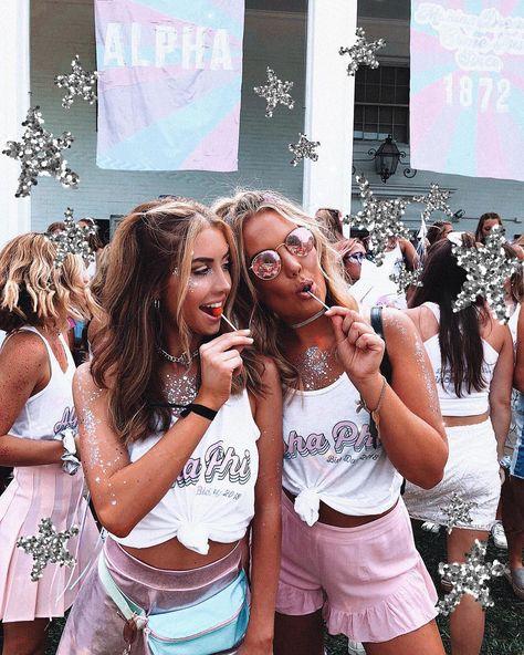 Sorority Recruitment Outfits, Sorority Bid Day, College Sorority, Sorority Sisters, Sorority Life, College Fun, Sorority Party, Sorority Sugar, Cute Group Halloween Costumes
