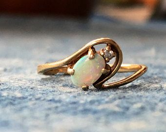 Vintage 10k Yellow Gold Opal And Diamond Ring Size 6 Opal Ring Diamond Mother S Day Vintage Opal Octo Ring Earrings Beauty Accessories My Engagement Ring
