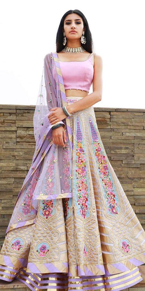 Lehenga collection - Source by - Dress Indian Style, Indian Dresses, Indian Wedding Outfits, Indian Outfits, Emo Outfits, Indian Bridal Fashion, Indian Lehenga, Lehenga Choli, Floral Lehenga