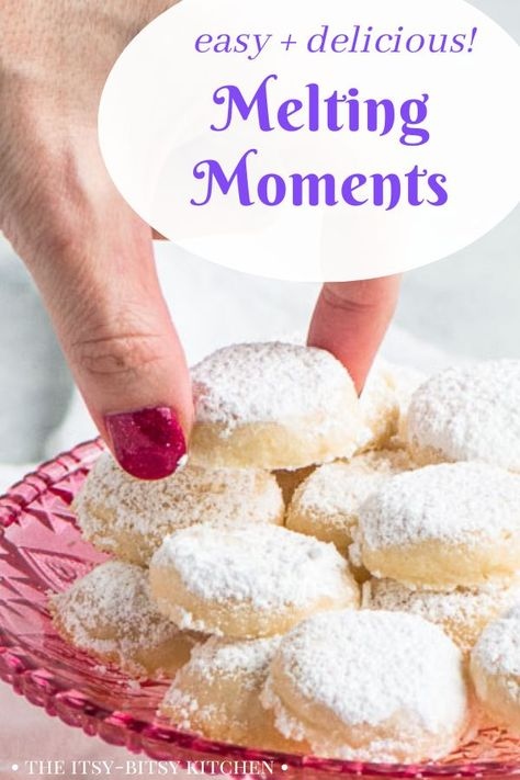 Melting moments cookies are a super easy treat that's very similar to shortbread, but even more crumbly. Even non-bakers can make these cookies! Cookie Desserts, Cookie Bars, Cookie Recipes, Dessert Recipes, Best Shortbread Cookie Recipe, Christmas Desserts, Baking Recipes, Yummy Cookies, Cake Cookies