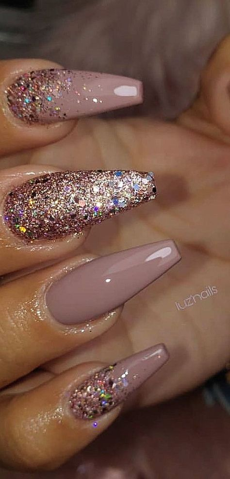 Hello, ladies who are fond of nails. Want to look at new nail design ideas? We find the best nail art pictures for you. You can find the best of acrylic, matte, polished, glossy, coffin and French nail designs on our Pinterest page. Don't forget to follow our page if you want to enter the summer season in 2019 with beautiful and remarkable nail designs.