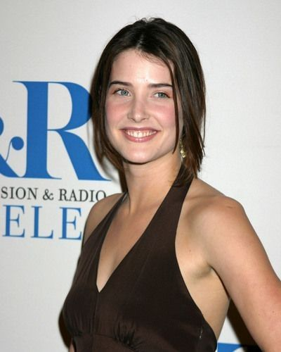 Capricorn Capricorn Believes That Hardships Can Be Their Path To Fulfillment Cobie Smulders Her Smile Celebrities
