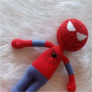 Amigurumi Spiderman Free Crochet Pattern | Amigurumi free pattern ... | 300x300