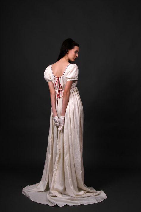 cdf20780f95 Desiree regency wedding dress empire waist by Gewandfantasien